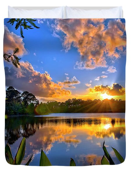 Sunset Over Hidden Lake In Jupiter Florida Duvet Cover