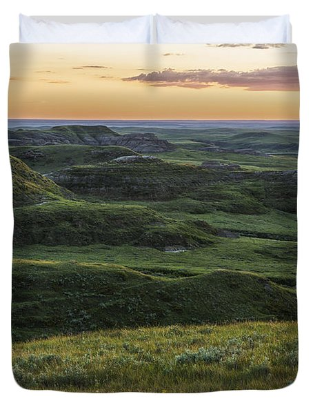 Sunset Over Killdeer Badlands Duvet Cover