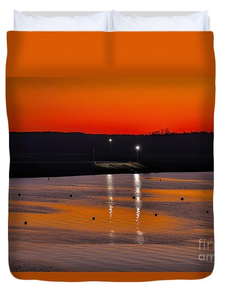 Duvet Cover featuring the photograph Sunset Over Lake Texoma by Diana Mary Sharpton