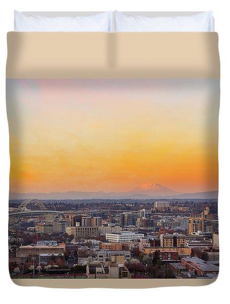 Sunset Over Portland Cityscape And Mt Saint Helens Duvet Cover
