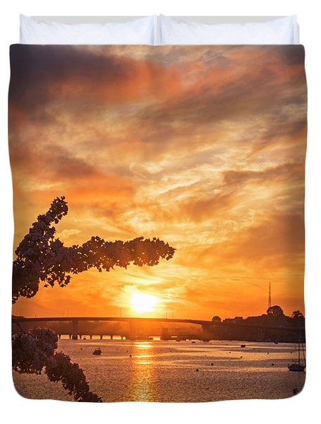 Sunset Over The Salem Beverly Bridge From The Salem Willows Salem Ma Duvet Cover