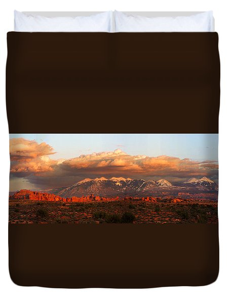 Sunset Panorama In Arches National Park Duvet Cover
