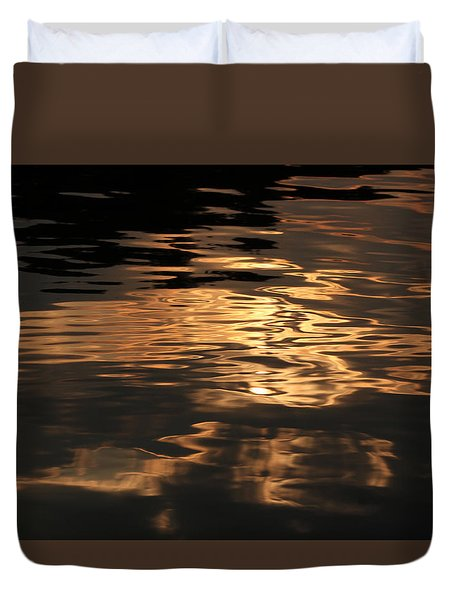 Duvet Cover featuring the photograph Sunset Reflection by Geri Glavis