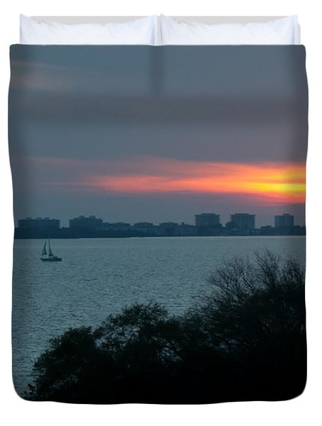 Sunset Sail On Sarasota Bay Duvet Cover