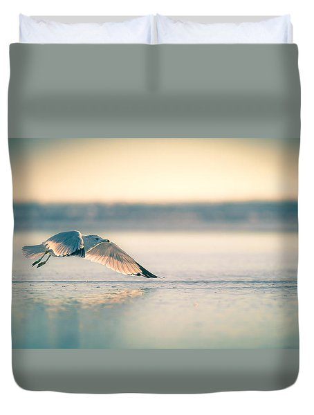 Duvet Cover featuring the photograph Sunset Seagull Takeoffs by T Brian Jones
