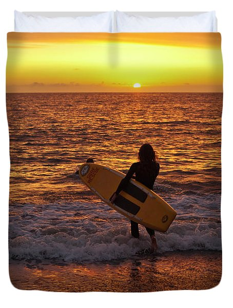 Sunset Surfer On Aberystwyth Beach Wales Uk Duvet Cover