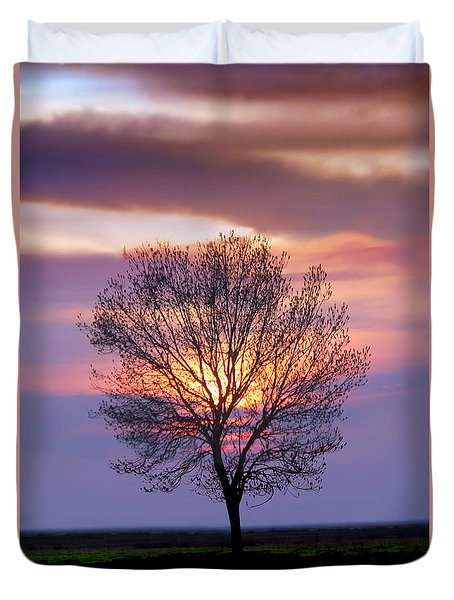 Sunset Tree In The San Joaquin Valley, California Duvet Cover