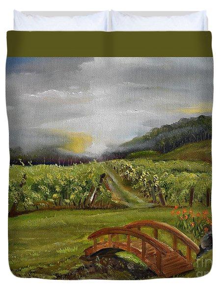 Sunshine Bridge At The Cartecay Vineyard - Ellijay Ga - Vintner's Choice Duvet Cover