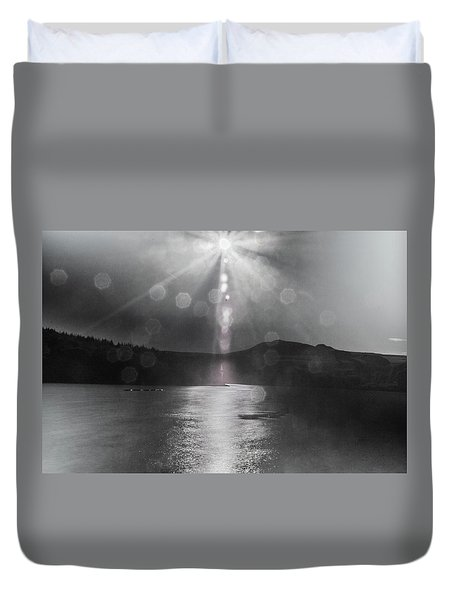 Duvet Cover featuring the photograph Sunspots Over Ladybower Black And White by Scott Lyons