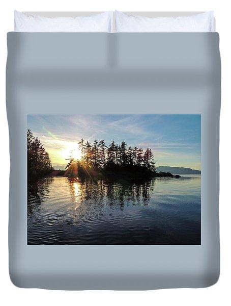 Sunstar Announcing Dusk Duvet Cover
