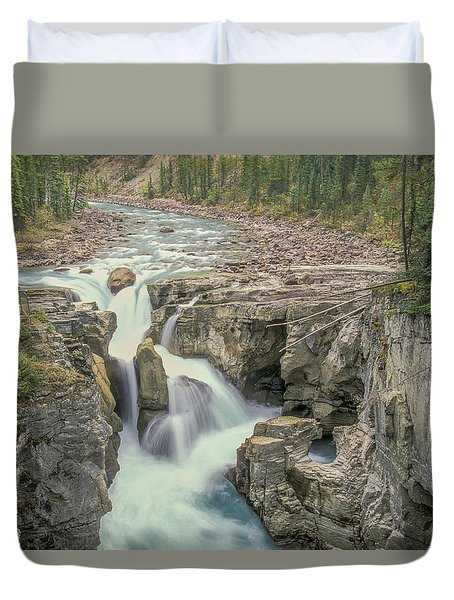 Duvet Cover featuring the photograph Sunwapta Falls 2006 01 by Jim Dollar