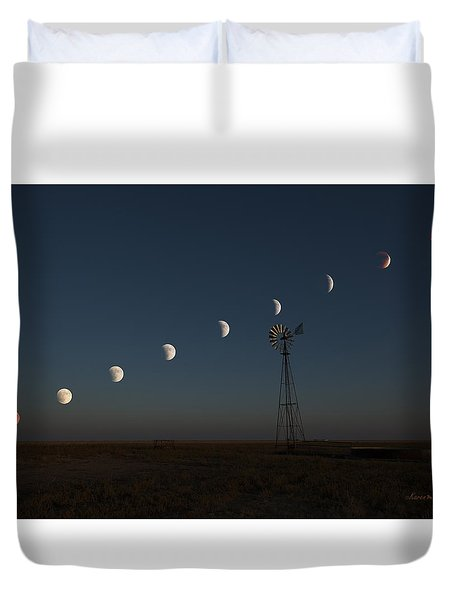Super Comanche Blood Moon Eclipse Duvet Cover