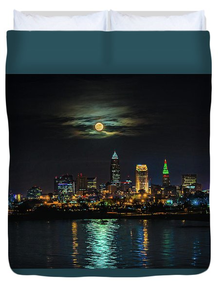 Super Full Moon Over Cleveland Duvet Cover