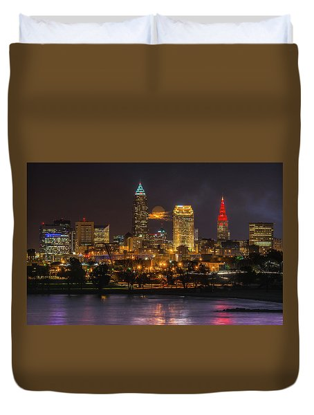 Super Moon 2016 Over Cleveland Duvet Cover