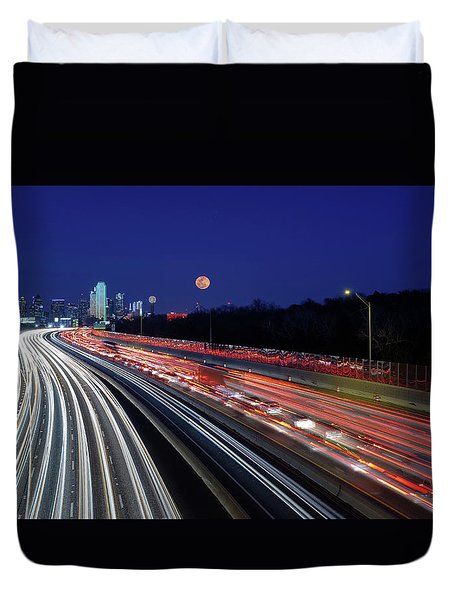 Super Moon And Dallas Texas Skyline Duvet Cover