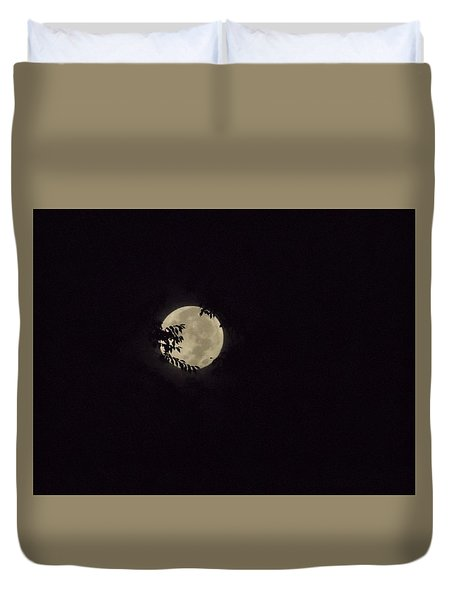Duvet Cover featuring the photograph Super Moon At Dawn by Deborah Moen