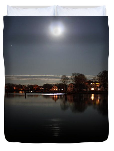 Super Moon  Duvet Cover by Mark Ashkenazi