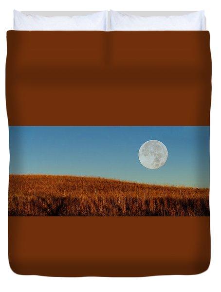 Super Moon Over The Prairie Duvet Cover