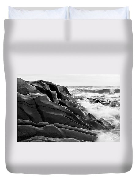 Superior Edge        Duvet Cover