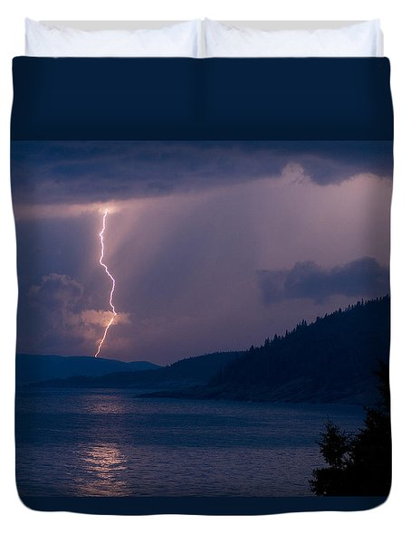 Superior Lightning     Duvet Cover