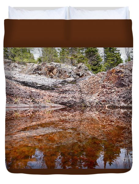 Duvet Cover featuring the photograph Superior Rock Reflections by Sandra Updyke