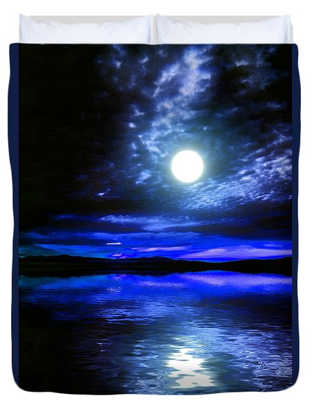 Supermoon Over Lake 2 Duvet Cover by Elaine Hunter