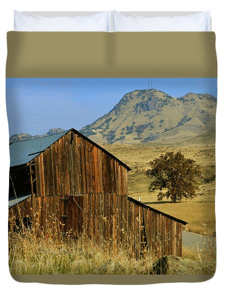 Duvet Cover featuring the photograph Sutter Buttes Ranch by Pamela Patch