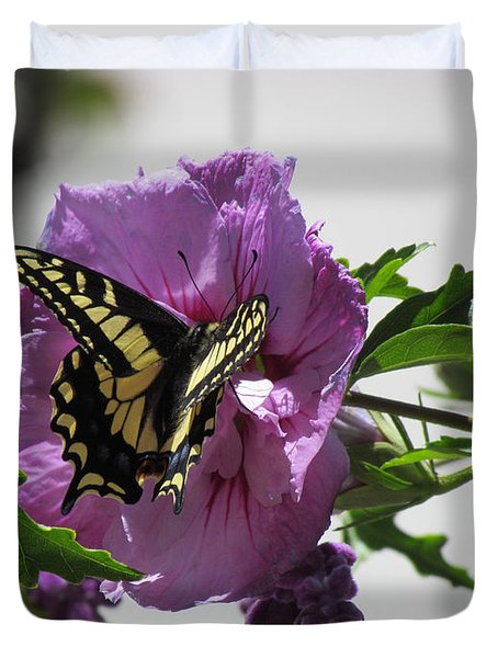 Duvet Cover featuring the photograph Swallowtail Butterfly by Bonnie Muir