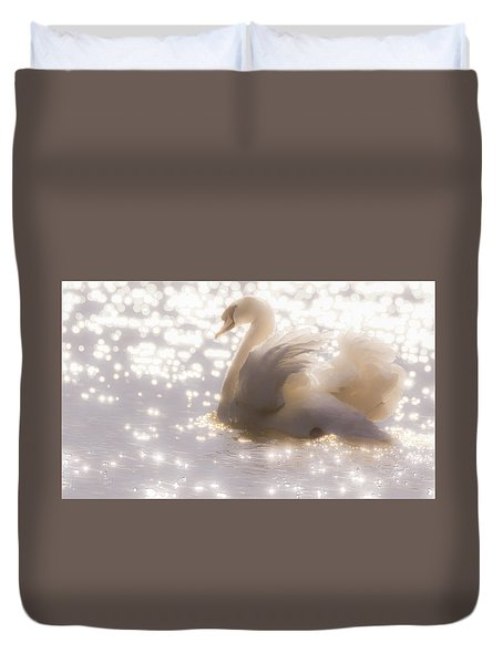 Swan Of The Glittery Early Evening Duvet Cover