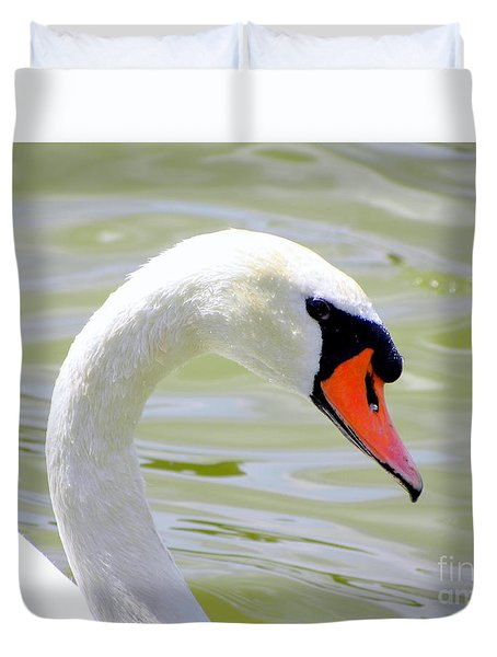 Duvet Cover featuring the photograph Swan Profile by Terri Mills