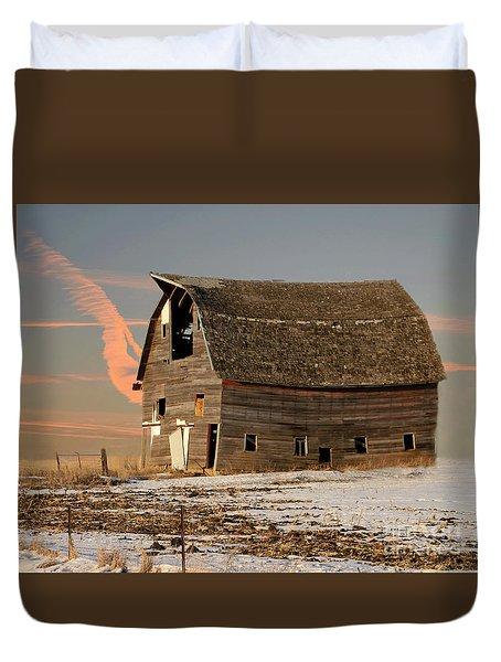 Swayback Barn Duvet Cover by Kathy M Krause