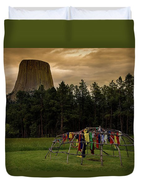 Duvet Cover featuring the photograph Sweat Lodge At Devil's Tower by Gary Lengyel