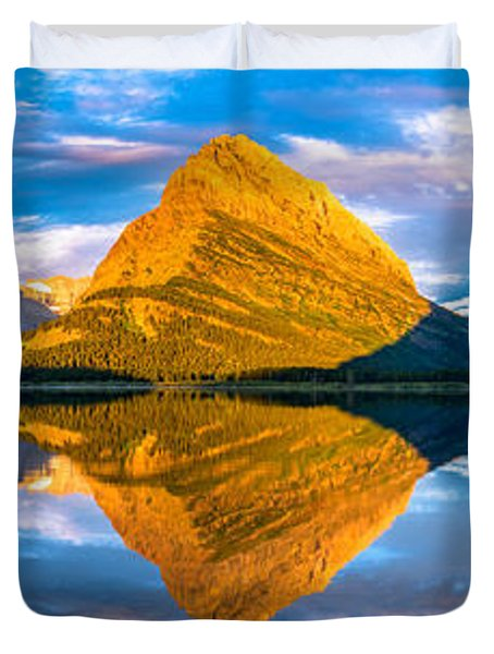 Swiftcurrent Lake Sunrise Panorama Duvet Cover