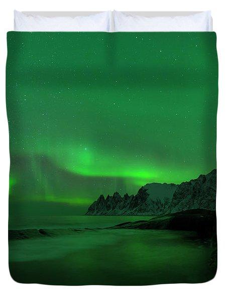 Swirling Skies And Seas Duvet Cover