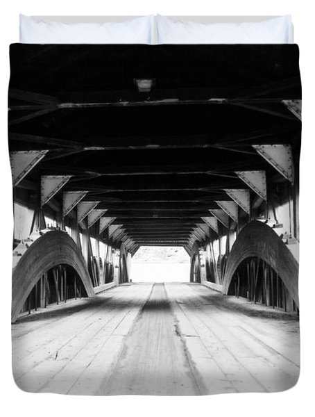 Taftsville Covered Bridge Duvet Cover by Greg Fortier