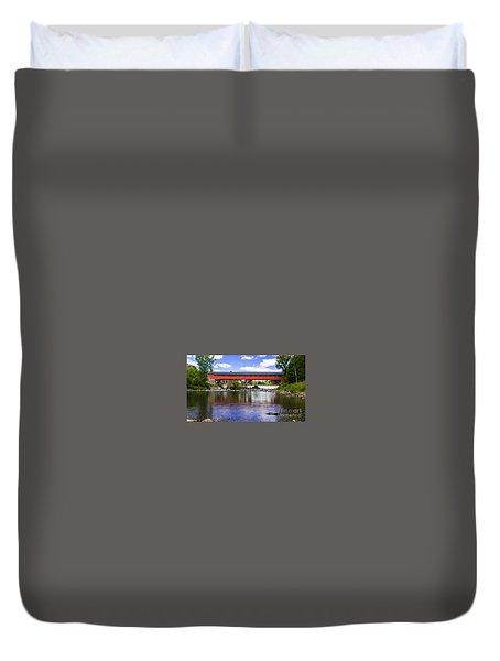 Taftsville Covered Bridge. Duvet Cover