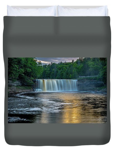 Tahquamenon Falls Duvet Cover