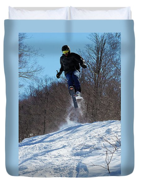 Duvet Cover featuring the photograph Taking Air On Mccauley Mountain by David Patterson