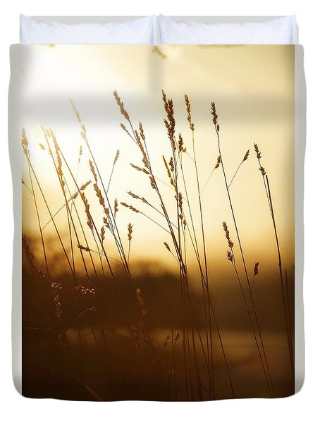 Tall Grass In The Morning Duvet Cover