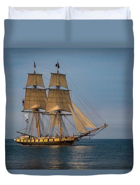 Tall Ship U.s. Brig Niagara Duvet Cover