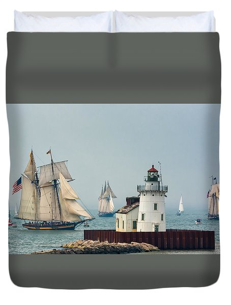 Tall Ships At Cleveland Lighthouse Duvet Cover