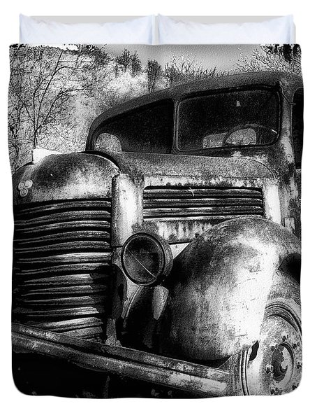 Tam Truck Black And White Duvet Cover by Marko Mitic