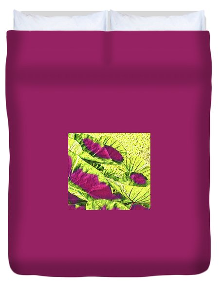 Taro Leaves In Green And Red Duvet Cover