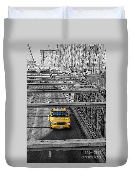 Taxi On The Brooklyn Bridge Duvet Cover