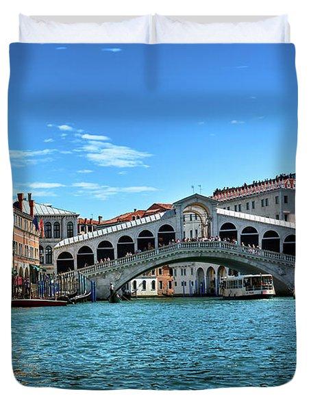 Taxi, To The Rialto Bridge Duvet Cover