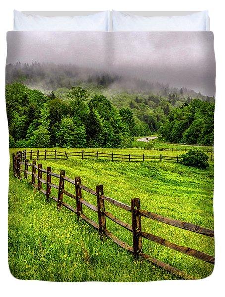 Tea Creek Meadow And Buttercups Duvet Cover