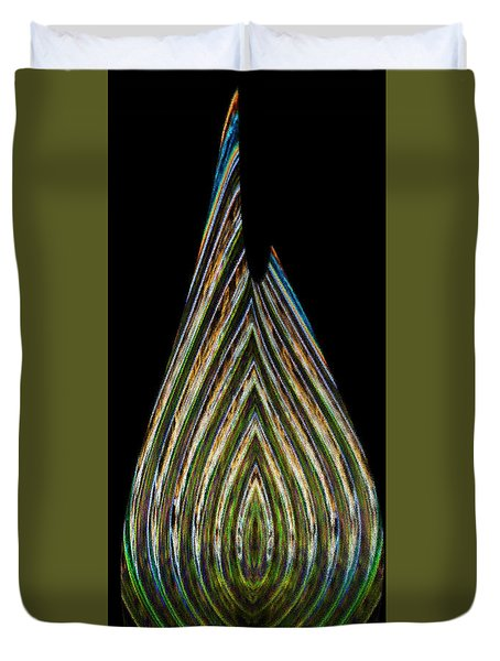 Duvet Cover featuring the digital art Teardrop by Wendy Wilton