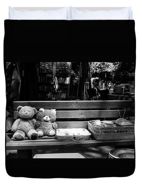 Teddy Bear Lovers On The Bench Duvet Cover