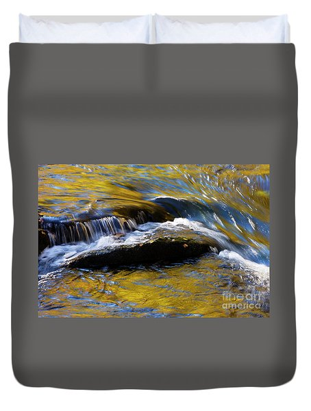 Duvet Cover featuring the photograph Tellico River - D010004 by Daniel Dempster