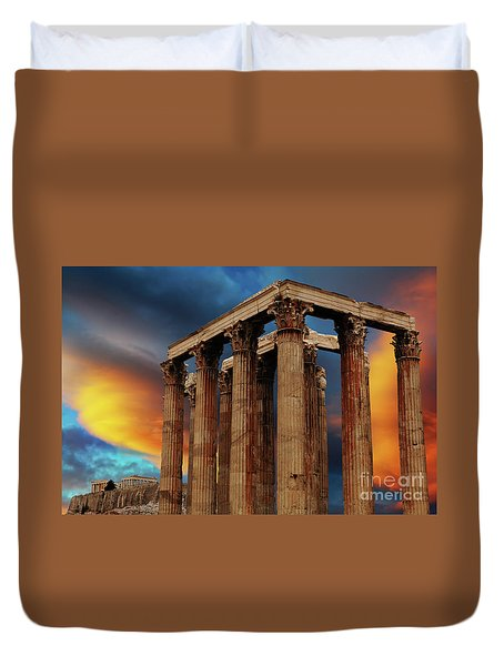 Temple Of Olympian Zeus Duvet Cover by Bob Christopher